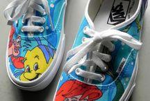 Shoes / by Caroline Gerencser