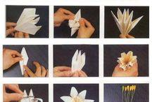 Kwiaty z papieru.