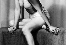 Marilyn photo by Earl Moran