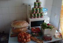 Harkány babos lecsó party / Szezonnyitó a harkányi nyaralóban. Takarítás, kert karbantartás, főzés, kártya, buli. https://www.facebook.com/events/1623706914532114/