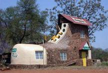 Funny / Poze si glume amuzante legate de cladiri, case sau alte tipuri de constructii.
