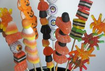 Halloween Decorating Ideas / by Donna VanGeest
