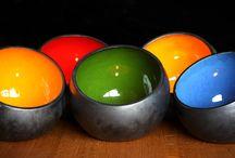 Dekoideen für Haus und Garten / Dekoideen für Haus und Garten. Lichtschalen und Lichtkugeln können mit Teelichtern oder Lichterketten wunderschön illuminiert werden. Die in Handarbeit hergestellten Schalen und Kugeln sorgen für ein tolles Ambiente.