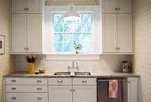Kitchens / by Elizabeth Burstedt