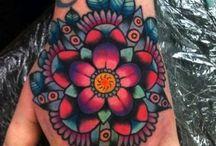 idee tatouage lotus