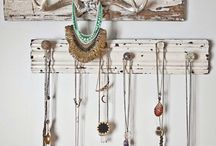 ideas to hang jewelry