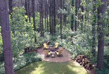 Inspiring outdoor spaces / Outdoor kitchens, inspiring yards, beautiful gardens