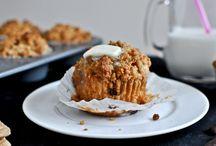 Muffins / by Annika Yerushalmy