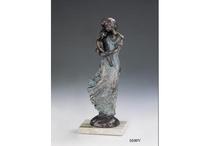 Esculturas Lluís Jordà / Pequeñas esculturas, o figuras, acabadas en bronce auténtico por el escultor LLuís Jordà.