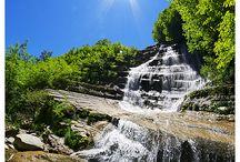 горы водопады