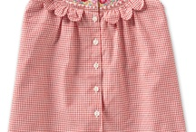 Scallops / Clothing and home items that use a scallop design. Ideas and ways to use scallops in sewing.