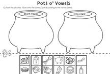 {Classroom Literacy} Vowel Work / Activities, worksheets, crafts, ideas, games, etc. that center around the theme of VOWEL WORK