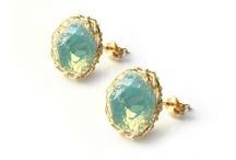 Jewels / by Leachy Leacha