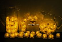 Yellow LiteCubes 3 Mode Light Up Ice Cubes / Only the original LiteCubes brand! Our classic yellow cubes feature 3 different modes! Fast flash, slow flash, and steady on. Clear shell with yellow LEDs.
