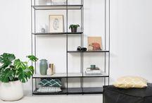 Shelves - Furnified / Wandrekken- en kasten in verschillende soorten en maten, zoals in teakhout, marmer, geborsteld staal