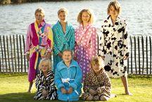 Badjas & Badjassen / Voor wie een badjas zoekt is dit beslist DE online winkel. Met meer dan 100 badjassen direct uit voorraad leverbaar