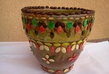 Art & Craft - Getuța Dragu / Decorations made with seads: pictures of seads, pots with seads and more than that, all manufactured by Romanian artisan Getuța Dragu. A Social Entrepreneurship developed by the Association Stories Kingdom World