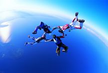 ➤ SKYDIVING