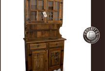 Móveis Rústicos / Linha completa de móveis rústicos. Mesas, cadeiras, cristaleiras, aparadores, bancos, armários, guarda-louças, etc.