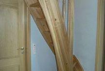Σκάλα ξύλινη για πάνω όροφο