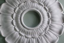 Ceiling Rose / Beautiful plaster ceiling roses and centres. Handmade ceiling roses. Victorian styles, Georgian designs, Art Deco roundels in a bewildering variety of sizes. The place to see the best choice of ceiling roses.