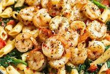 Tomato and spinach shrimp pasta