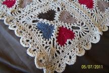 Háčkovaná srdíčka (Crochet Hearts)