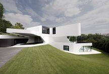 futurictic houses