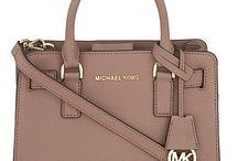 Favorite Handbags / by Diana Briseno