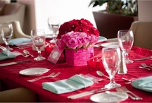 Tablescapes / Exquisite centrepieces for any occasion - from simple and rustic, elegant and classy, a touch of sophistication to completely over the top.