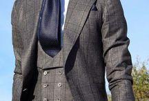 Vestiti eleganti da uomo