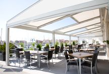 Hotels and restaurants / The modularity and personalisation possibilities make these terrace coverings extremely well-suited for use in hotels and restaurants.