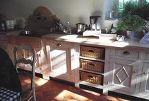 idee per la casa / <arredamento provenzale, shabby, mobili decapati e altro
