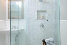 bathrooms / by Jennifer Homesley