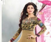 buy salwar from india / Designer cotton salwar kameez in beautiful print with matching salwar and cotton dupatta is surely a must buy for hot summer