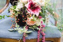 &HIBISCUSBOUQUETS / Beautiful arrangements of hibiscus in wedding bouquets.