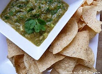 FOOD { sauces, dressings & salsa } / by Kirsti Fleming