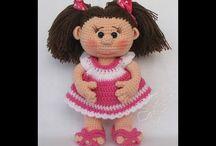 Muñecas a crochec