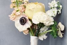 Floral Inspiration / Floral arrangements and flowers to inspire your wedding day bouquets and centrepieces, etc