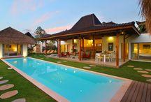 Villa Thiara / Villa 4 kamar bergaya joglo di Seminyak Bali