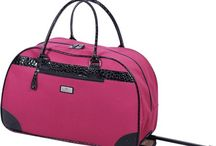 Travel Chic: Luggage Sets and Tote Bags / Chic luggage sets, tote bags