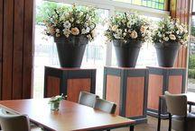 Zijde bloemen / Decoratie met zijde bloemen gemaakt door Decoratiestyling www.decoratiestyling.nl