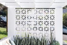 Outdoor accent wall