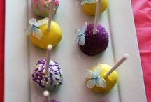 Cake pops / by Laura Stricklin