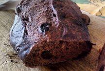 Comida Boa Muda Tudo Pão de chocolate, nozes e uva passa da @juliceboulangere  Dica da minha sister @elainelia1234  Delicioso.  #comidaboamudatudo  #paoeamor #pão #amopão