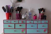 makeup organise