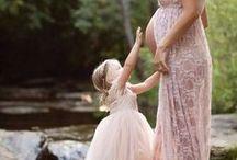 mama insarcinata si fiica