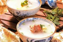 Recipes: Chinese Herbal Soups / by Tiger Neelie