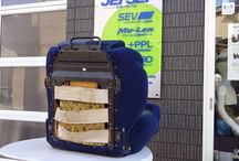 RECARO T-張替えスミ。 / レカロ第一世代を 第二世代の表皮に 張り替えたシートです。