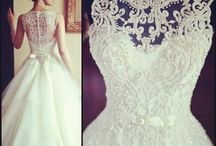 Bridal gown / Beautiful wedding dress